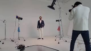 패션마스크 촬영하는날. 남자 백인 외국인모델과.