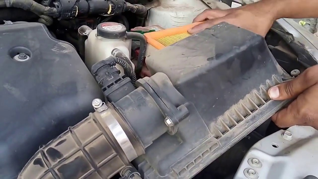 how to clean swift dzire engine air filter - YouTube