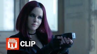 Check out the new 12 Monkeys Season 4 Episode 1 Clip starring Emily...