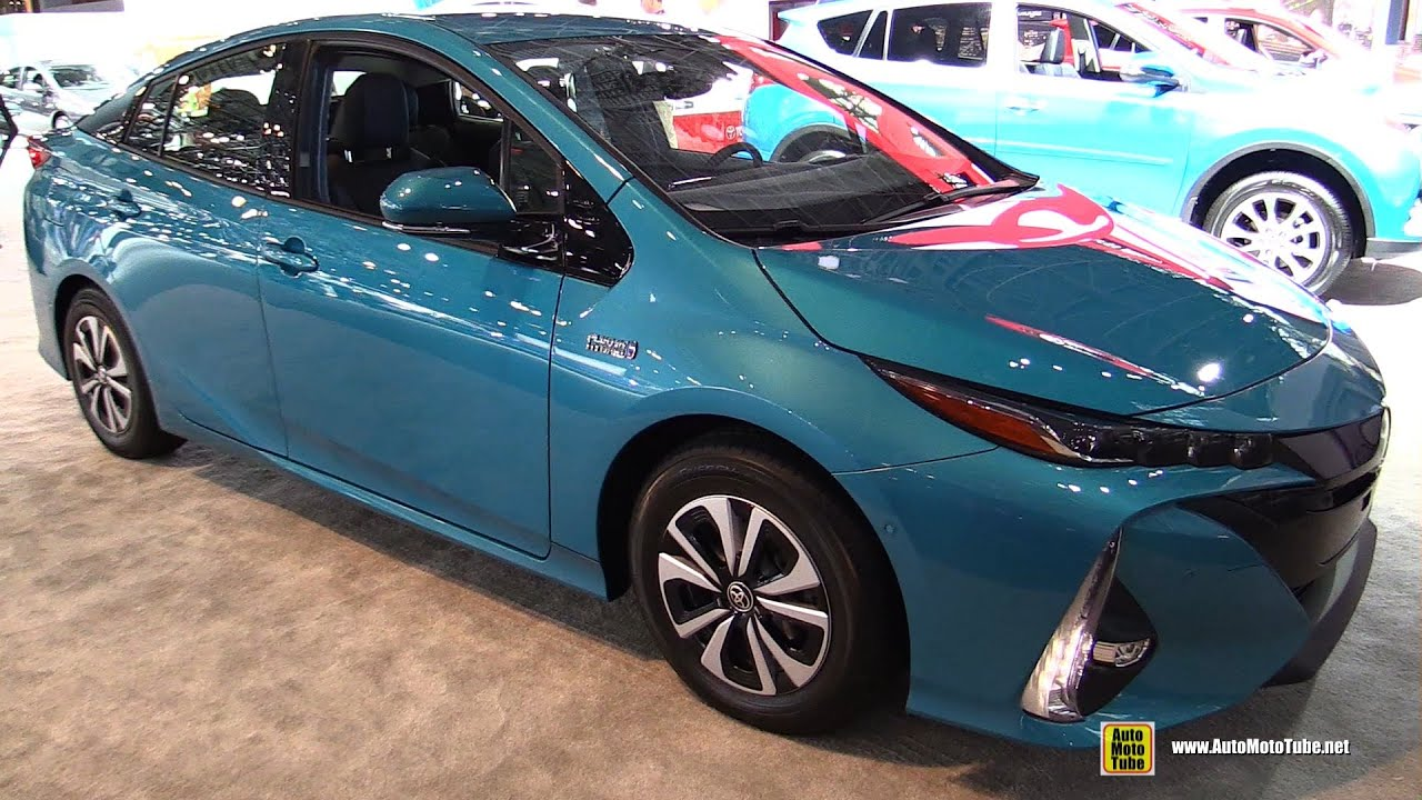 2017 toyota prius prime plug in hybrid exterior and. Black Bedroom Furniture Sets. Home Design Ideas