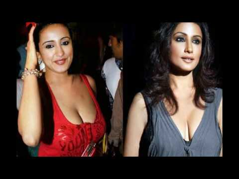 Divya Dutta exposed her big boobs thumbnail