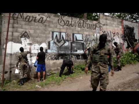 El Salvador declares war on gangs