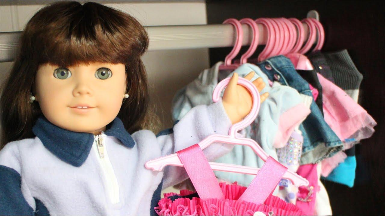 Cómo hacer ganchos de ropa para las muñecas de 18\