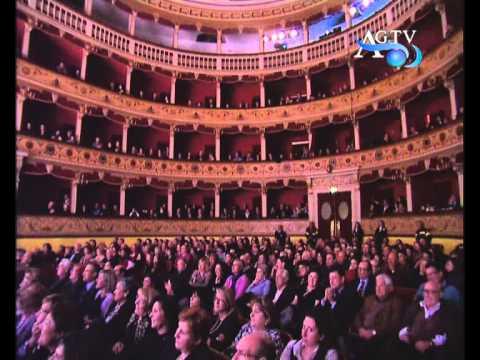 Teatro pirandello commedia aggiungi un posto a tavola agtv 10 12 youtube - Aggiungi un posto a tavola 12 ottobre ...
