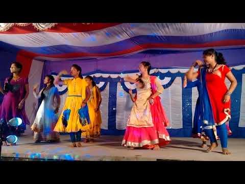 Christian soura girls group dance