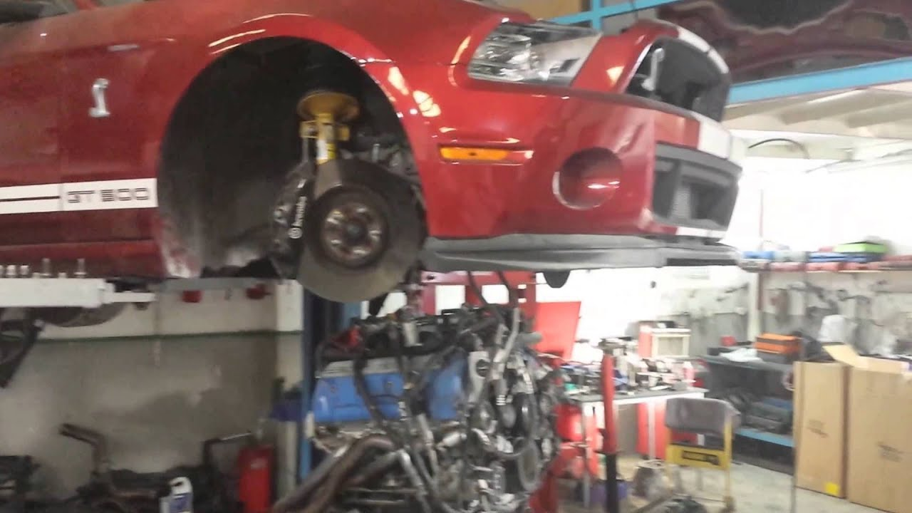 Auto maintenance workshop fully equipped location Sharjah UAE Indastrial  Area 4