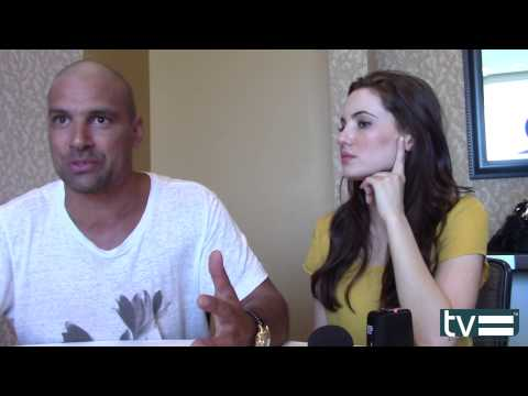 Manu Bennett & Ivana Baquero   The Shannara Chronicles