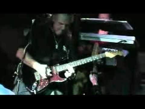 Flip Side  Live at The Music Room - Dubai 2009.mp4