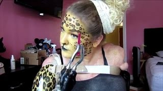 woman doesn t let having no arms stop her from making halloween makeup videos