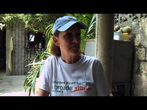 HD Review Volunteer Colombia Cartagena Lori Risbrudt Social Welfare Program