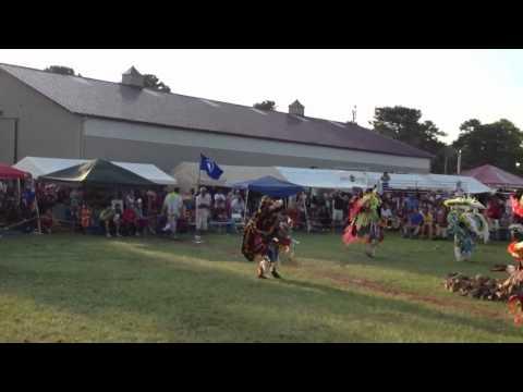 Narragansett Warrior Dancers