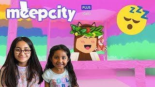 NIGHT TIME ROUTINE WITH MY LITTLE SISTER! MEEPCITY FUN | ROBLOX | FAMBAM GAMING