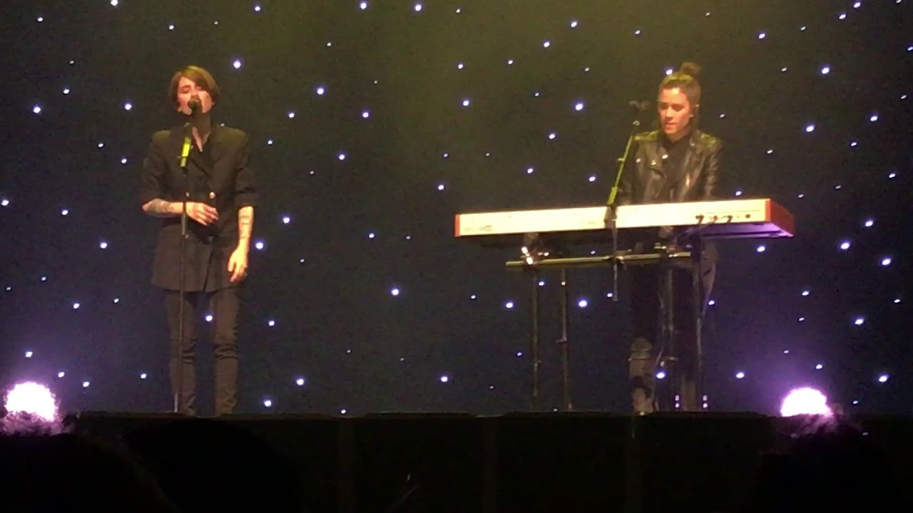 Tegan and Sara | LIVING ROOM | The Con X Tour | Vancouver ...