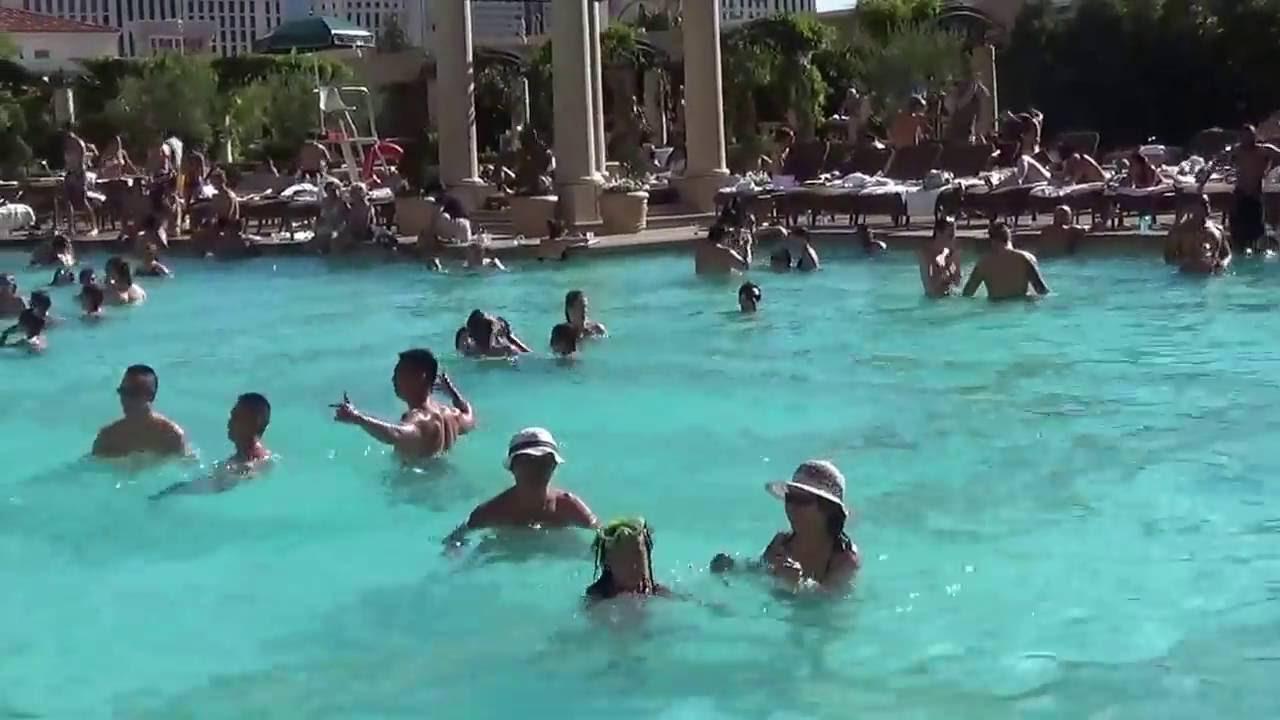 Pool in venetian las vegas 6 2015 youtube for Pool show las vegas 2015