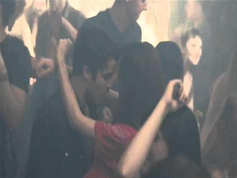 Nicky Jam y Enrique Iglesias El Perdón Official Music Video YTM