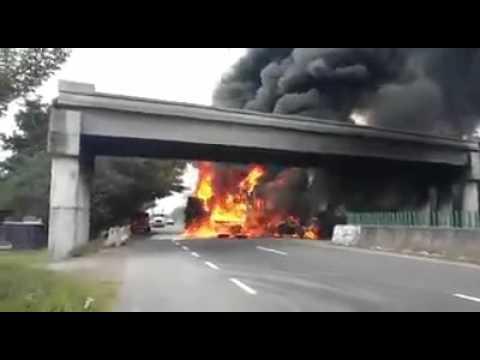 Fuerte Incendio En Carretera Paso Del Toro Santa Fe