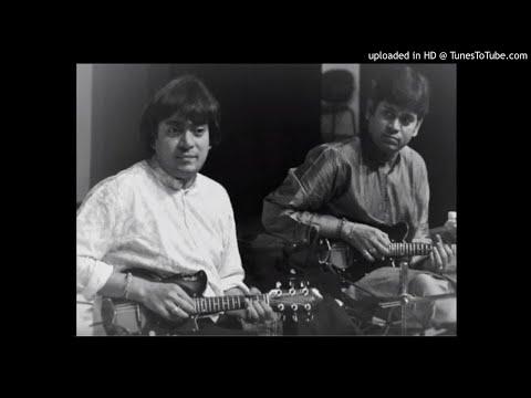 Mandolin U. Shrinivas & U. Rajesh  - Bagayenayya Ni Mayalento