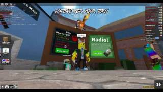 im playing with nnl madhouse roblox
