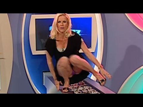 ladies Sexy upskirt news
