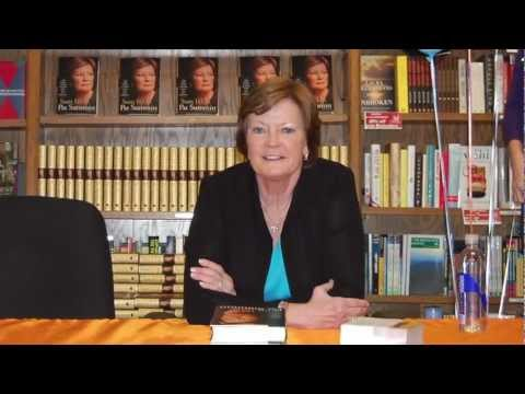 The University of Tennessee Pat Summitt Book Signing