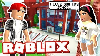 FIRST DAY AT OUT NEW SCHOOL - ROBLOX thumbnail