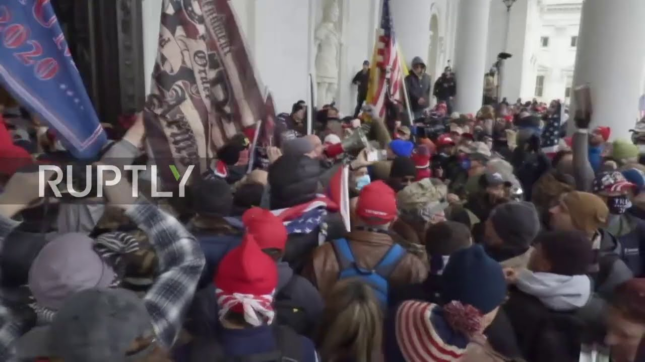 USA: Trump supporters storm Capitol buidling as congress gathers to count electoral votes