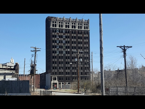Thumbnail: ABANDONED SKY SCRAPER East St. Louis The Spivey Building