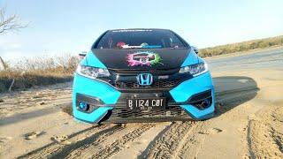 Honda jazz RS di gas dan di goyang