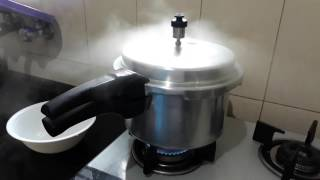 Pressure Cooker Visual Sound Effect