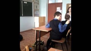 Гришаков и Варламов ! Школа 97 ,7 А класс!Урок ОБЖ