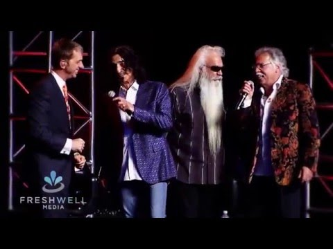 THE OAK RIDGE BOYS / TRIUMPHANT QUARTET