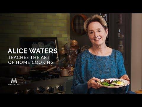Alice Waters Dạy Nghệ Thuật Nấu Ăn Tại Nhà