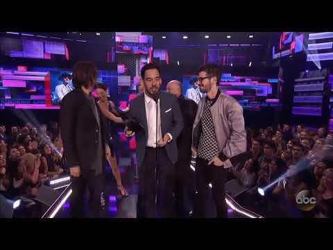 LINKIN PARK: Best Alternative Rock Band Winner  AMAS 2017