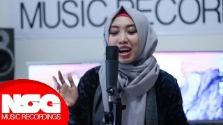 Video Harris J - Salam Alaikum | Sarah Cover download MP3, 3GP, MP4, WEBM, AVI, FLV Januari 2018