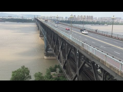 (8-9-16) Railfanning Yangtze Bridge in Nanjing, China Pt. 1: Endless Train Action!!!