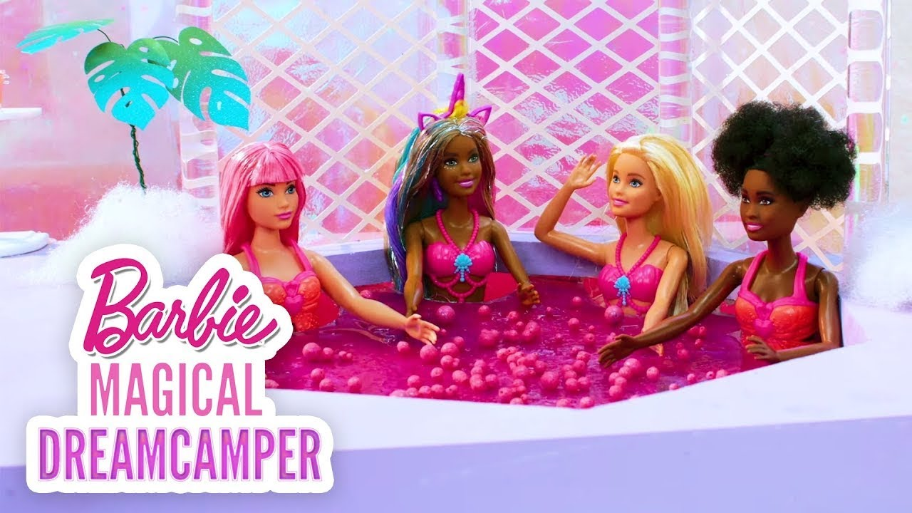 ¡DÍA DE SPA ROSA EN EL CIELO! 💖 | Barbie y el Camper de los Sueños | @Barbie Latinoamérica