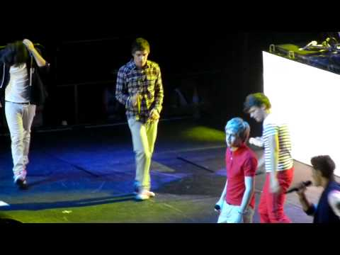 One Direction - Stand Up Brisbane 18/4/12 HD