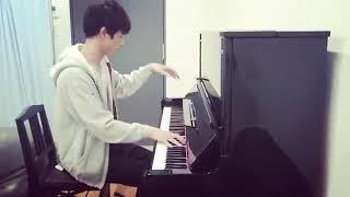 坂口健太郎様ご本人がピアノを練習する貴重映像をどうぞ! 登録者1000人...
