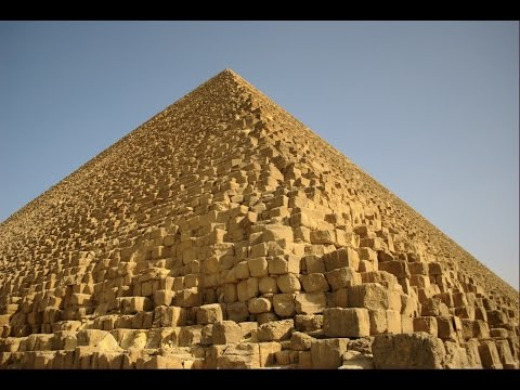 Soft drink can found close to Great Pyramid