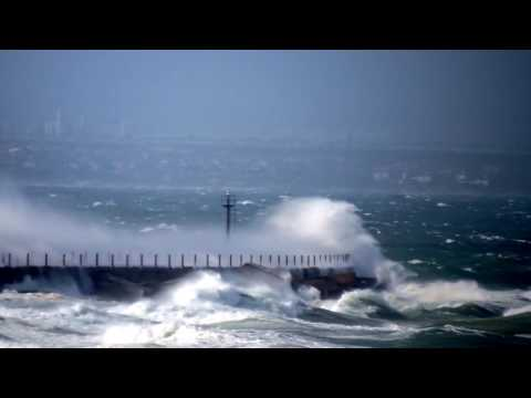 Stormy Ocean Port Elizabeth - Filmed by Greg Morgan