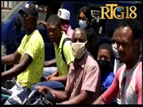 Port-au-Prince / Figi Lari Channmas ak kafou pis, rout Ayewopò