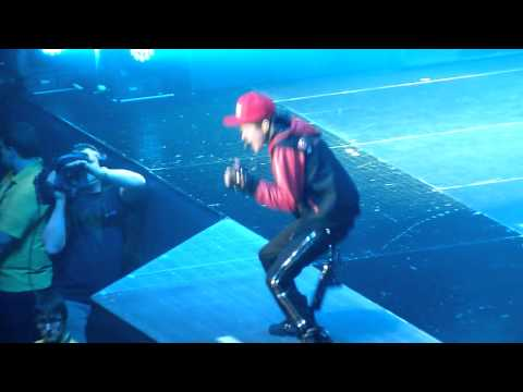 Justin Bieber  - One Time - live Sheffield 23 march 2011 - HD