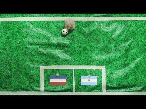 Tiny Hamster Predicts 2014 World Cup Semi-Finals - Argentina vs Netherlands