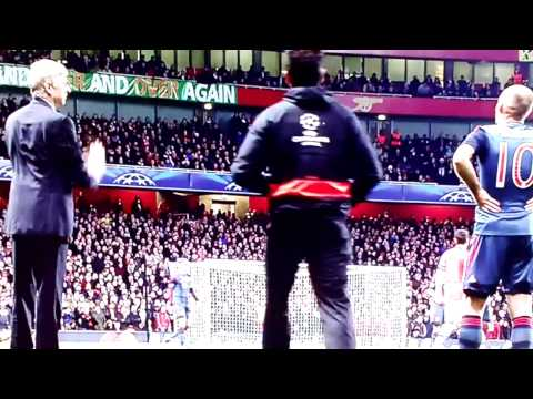 Arsene Wenger Accuses Arjen Robben Of Diving!