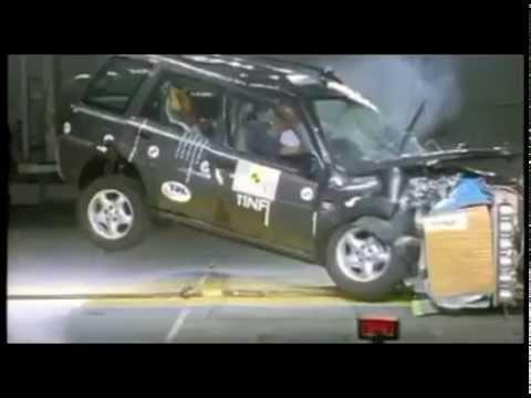 crash test land rover freelander 2002 youtube. Black Bedroom Furniture Sets. Home Design Ideas