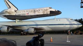 Final Flight: Space Shuttle Discovery and carrier aircraft back out of mate demate device