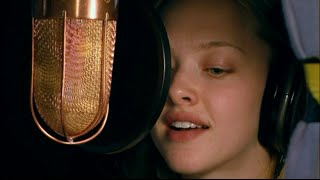 Amanda Seyfried - Thank you for The Music! (ABBA) Beautiful performance (HQ Audio)