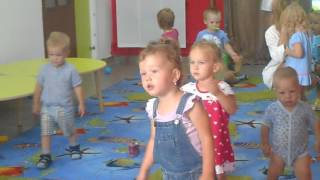 В траве сидел кузнечик. Частный детский сад Ясельки г.Киров