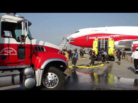 Reloading the 747 SuperTanker