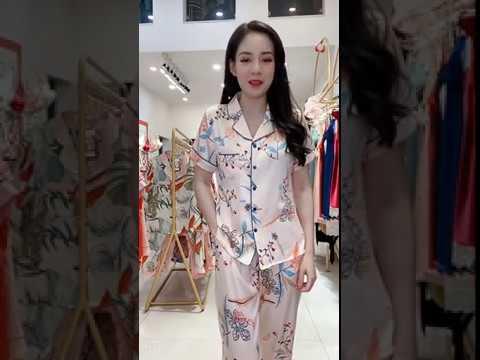 Pijama lụa mặc nhà áo ngắn tay quần dài họa tiết hoa nhí Vingo H141